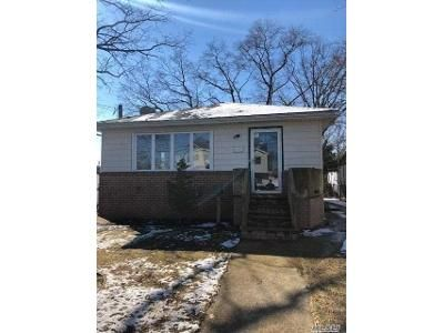3 Bed 2 Bath Foreclosure Property in Lindenhurst, NY 11757 - N 9th St