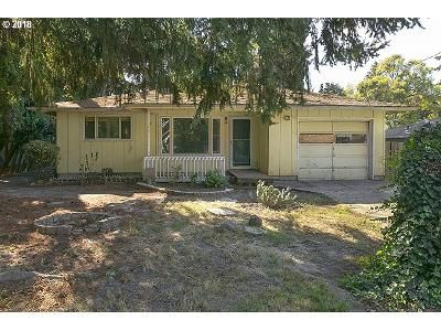 3 Bed 2 Bath Foreclosure Property in Portland, OR 97222 - SE Sellwood St