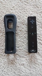 EUC official Nintendo Wii remote and grip sleeve