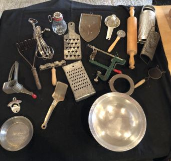 Miscellaneous Antique Kitchen Items (Selling as a Lot)