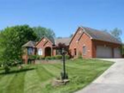 1477 Indian Woods Trail, Greendale, Indiana