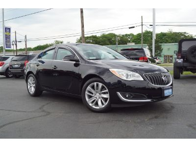 2016 Buick Regal Base (black onyx)