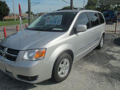 2010 Dodge Grand Caravan SXT (Silver)