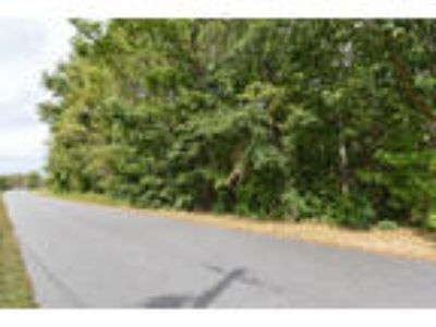 North Carolina Land 1.4 Acres Wooded, Power, Paved Rd