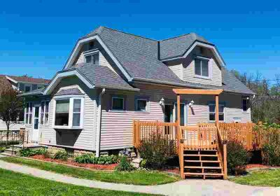9274 S 8th Ave Oak Creek Three BR, If you are looking for TONS of