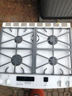 Kitchen aid 30 gas stove with convection.