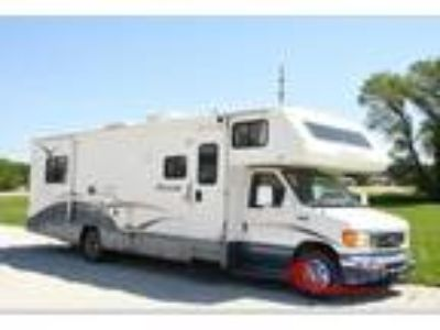 2006 Winnebago Outlook 31C