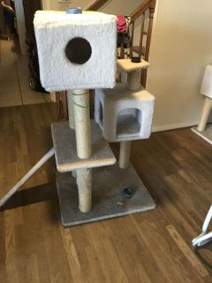 FREE Cat Tower