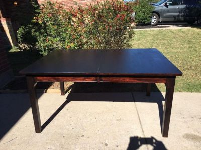 Gorgeous Heavy Rustic Dining Table in Excellent Condition