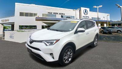 2017 Toyota RAV4 Limited (White)