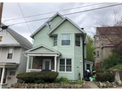 3 Bed 1.5 Bath Foreclosure Property in Carbondale, PA 18407 - Maple Ave