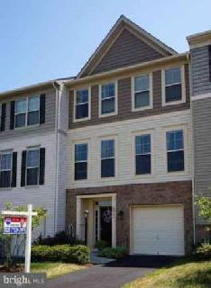 42595 Galbraith Sq Ashburn Four BR, Stunning 3lvl townhome sited