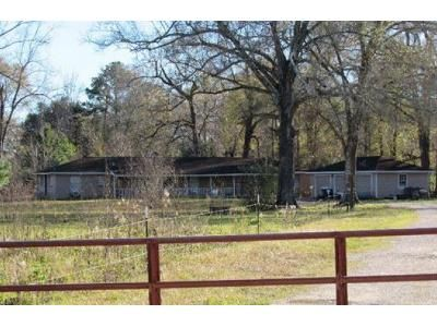 5 Bed 2.5 Bath Foreclosure Property in Dayton, TX 77535 - County Road 642