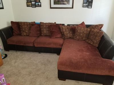 Sectional sofa couch