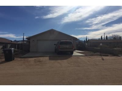 3 Bed 2 Bath Preforeclosure Property in Kingman, AZ 86401 - Valentine Ave