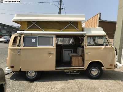 1979 Riviera Pop Up VW Camper