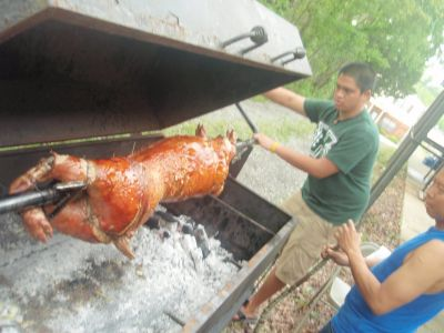 pig roaster/barbeque trailer
