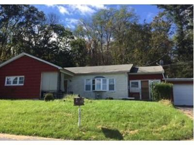 3 Bed 1.5 Bath Foreclosure Property in Schuylkill Haven, PA 17972 - Crestview Dr