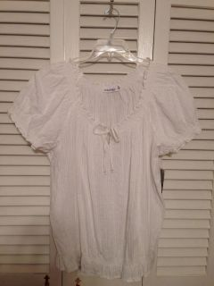 St. John's Bay. 3X. White cotton peasant top. NWT. Pick up at McCalla Target Thursday s from 5:15-6.