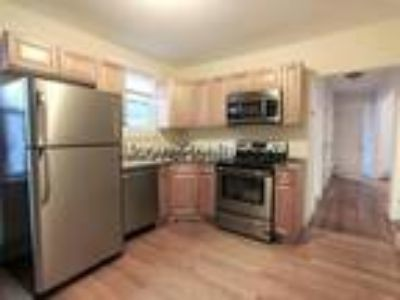 Somerville-Magoun Square- 3 BR Plus Office-Short Walk To The Bike