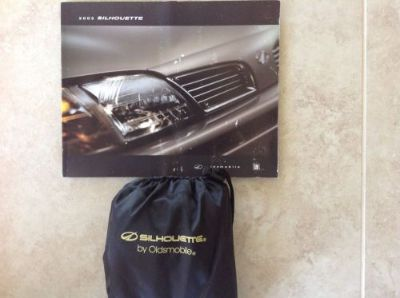Sell 2002 Oldsmobile Silhoutte Owners Manual motorcycle in Bloomfield Hills, Michigan, United States, for US $7.99
