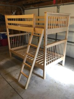 Twin Size Maple Wood Bunk Beds