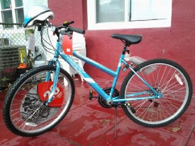 "Brand new 26"" Huffy Superia Girls/Ladies bike"