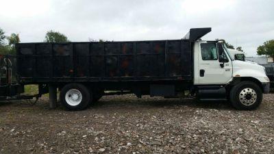 International 4300 20ft Landscape Dump Truck For Sale