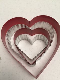 *NEW* Metal Heart Shape Cookie Cutters Set of 4
