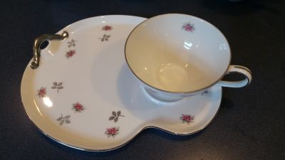 Vintage tea/coffee luncheon dishes