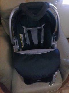 Baby stroller and car seat and babys accessories . (Donna)