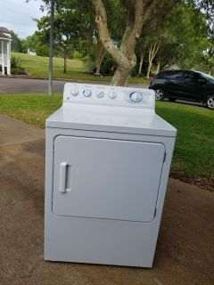 Dryer GE 8 clothes cycle super capicty Gas Dryer