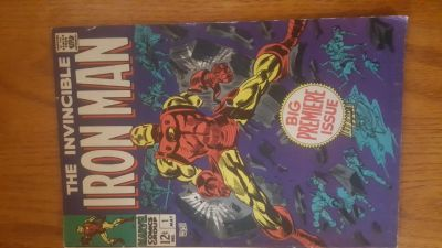 1st issue the invincible Iron Man comic