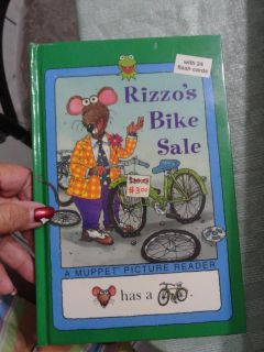 ''RIZZO'S BIKE SALE'' HARDCOVER BOOK WITH 24 FLASH CARDS