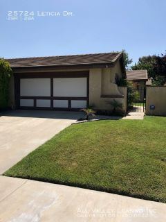Stunning 2 Bed, 2 Bath Single Story Home For Lease in Valencia