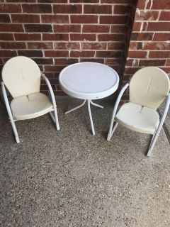 Children s Patio Table & Chairs