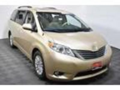 used 2013 Toyota Sienna for sale.