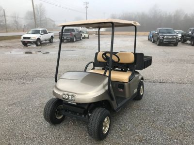 2015 E-Z-Go TXT ELECTRIC Golf carts New Oxford, PA