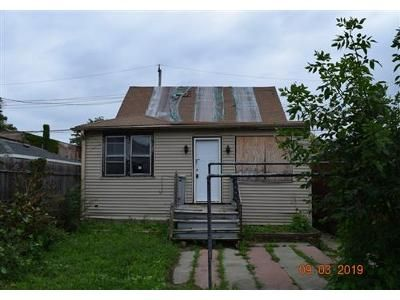 3 Bed 1 Bath Foreclosure Property in Elmwood Park, IL 60707 - N Nagle Ave