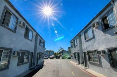 $1400 2 apartment in Fontana