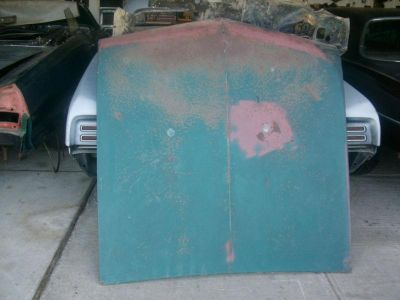 Sell 1965,1966,1967 Lemans tempest gto solid straight hood NW Ohio,u-ship it cheaper motorcycle in Northwood, Ohio, US, for US $120.00