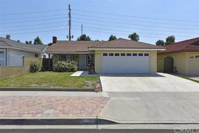 4902 Gainsport Circle IRVINE Three BR, Charming Home!