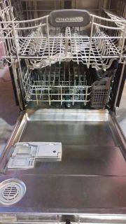 Kitchenaid dishwasher Black outside Stainless Steel tub