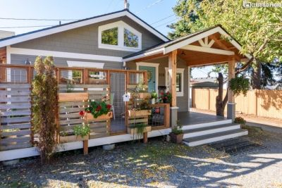 $2600 1 single-family home in Edmonds