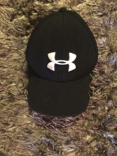 Under armor black and white hat