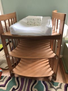 Stokke Changing Table - much larger than it looks, solid wood - PU INNSBROOK