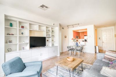 $5130 2 apartment in West Los Angeles