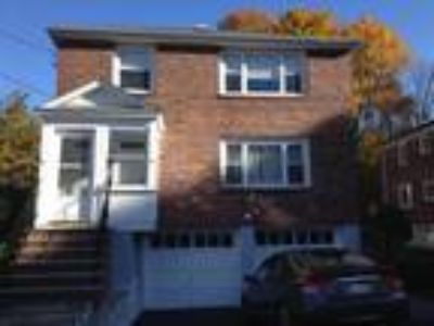 Boston - Brighton Four BR One BA, Incredible second floor unit for