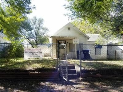 2 Bed 1 Bath Foreclosure Property in Topeka, KS 66608 - NW Central Ave