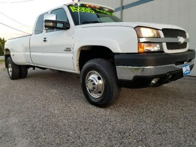 2004 Chevrolet Silverado 3500 Work Truck (Summit White)